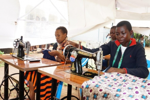 NIGEE Girls' Empowerment Centre (GEC)–Vocational skills training centre(Globalgiving, UK)
